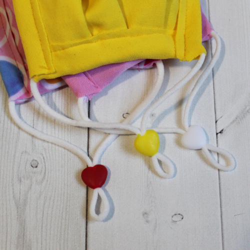 Add Anti-slip Adjustable Heart or circle Beads to a Sport Mask